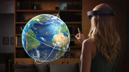 Microsoft HoloLens for Mixed Reality