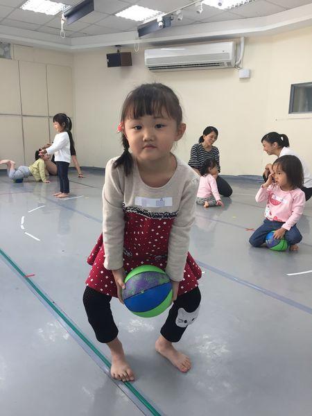 雲門舞集舞蹈教室.兒童親子課程.高雄中正館 | 部落客行銷 | 愛體驗