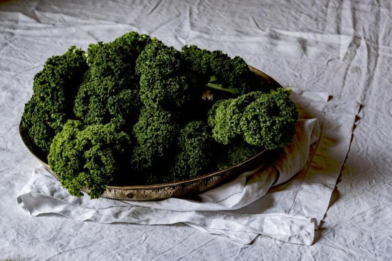 food healthy vegetables green broccoli