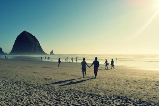 人々は、旅行、冒険、シルエット、休暇、カップル、愛、心、男、女性、海洋、海