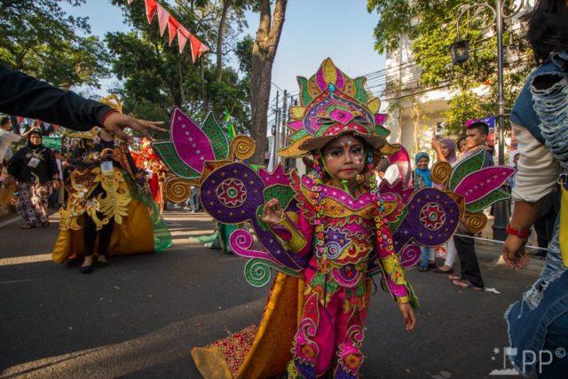 Child in colorful costume