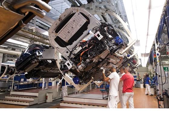 electric motor manufacturer volkswagen e golf onan generator transfer switch wiring diagram manufacturing electrified vehicles in wolfsburg automotive design