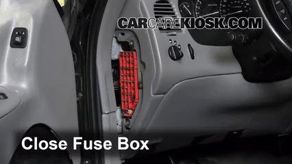 1996 Ford Windstar Fuse Box Control De Fusible Interior En Ford Explorer 1995 2001