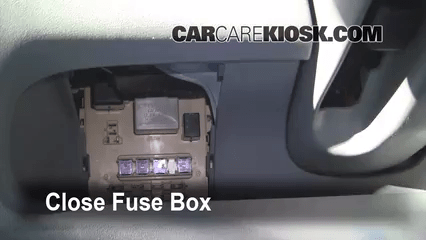 2005 Vibe Fuse Box Interior Fuse Box Location 2000 2005 Toyota Echo 2001
