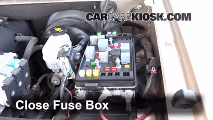 For 2000 Saturn Fuse Box Replace A Fuse 2002 2009 Chevrolet Trailblazer 2003
