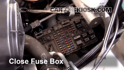 Fuse Box Replace A Fuse 1996 2019 Chevrolet Express 3500 2007