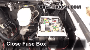 Replace a Fuse: 20072013 Chevrolet Suburban 2500  2007