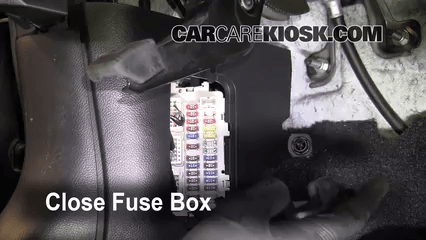 Infiniti G L V Ffuse Interior Part on 2005 Infiniti G35 Coupe Fuse Box Location
