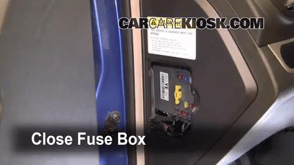 2011 Chevy Aveo Fuse Box Diagram Ubicaci 243 N De Caja De Fusibles Interior En Chevrolet Aveo