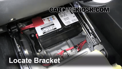 Fuse Box Location Battery Replacement 2006 2012 Mercedes Benz R350 2010