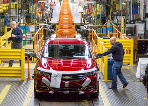 Deadline Detroit | Automakers agree to partial shutdown as ...