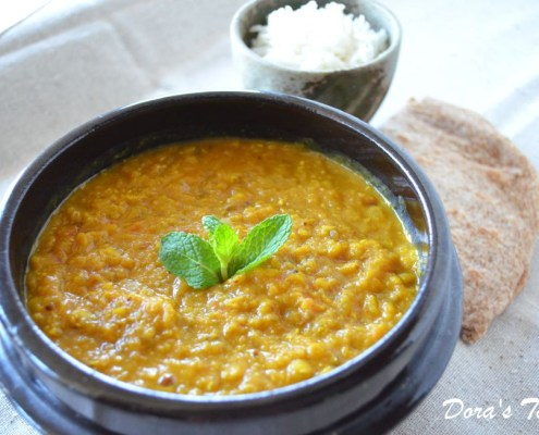 This recipe for vegan red lentil dahl has been adapted from an amazing book by Rebecca Katz called The Cancer-Fighting Kitchen.