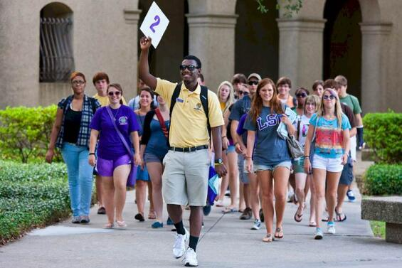 Dress To Impress: What To Wear For Freshman College Orientation | College News