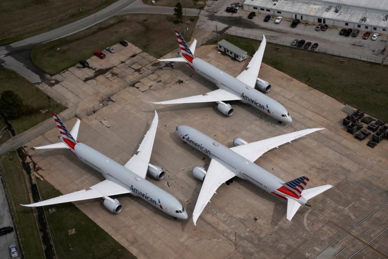 U.S. Senate votes to grants struggling aviation sector big bailout
