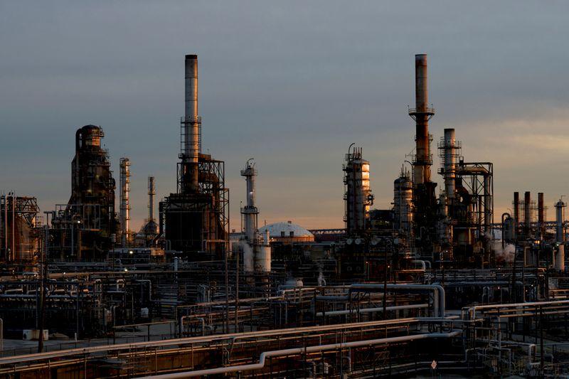FILE PHOTO: Sun sets on the Philadelphia Energy Solutions plant refinery in Philadelphia