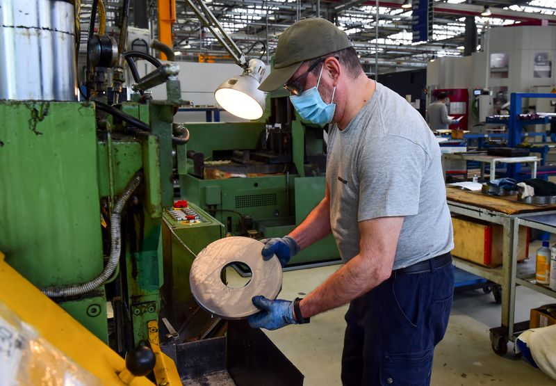 Photo of Euro zone April industrial output plunge worst on record; recovery seen