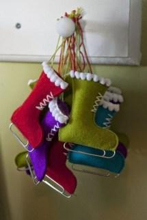 Easy but beautiful diy christmas ornaments 14