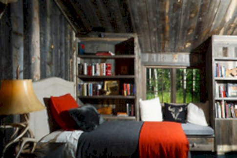 Creative log cabin themed bedroom for kids 13