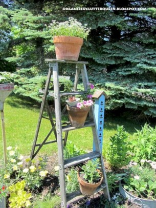 Gorgeous diy ladder-style herb garden 07