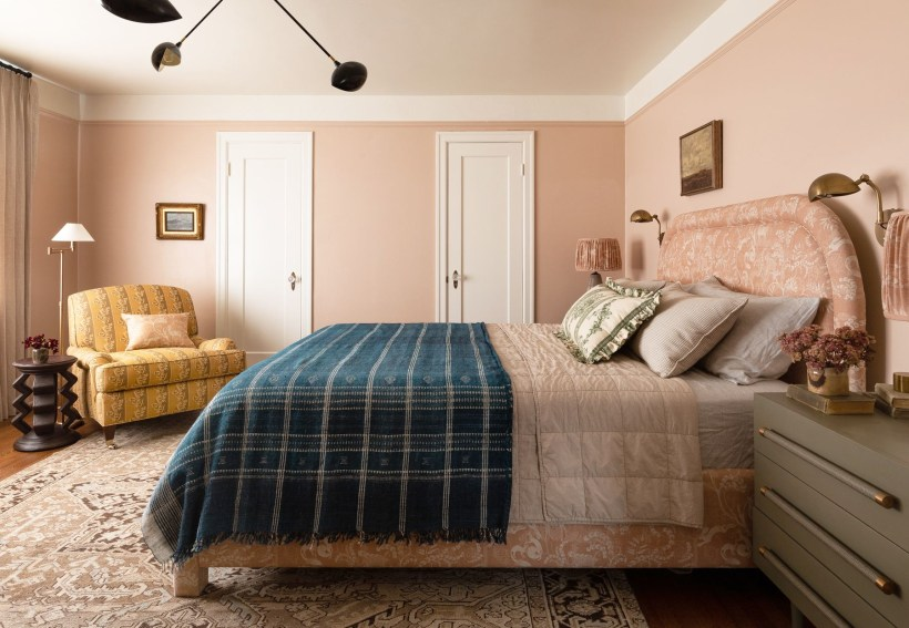 29 Have a Tight Budget? These Bedroom Makeover Ideas Will ...