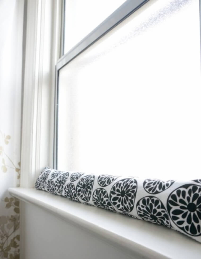Draft stopper Effortless DIY Sewing Projects To Create A Beautiful Effect To Your Home