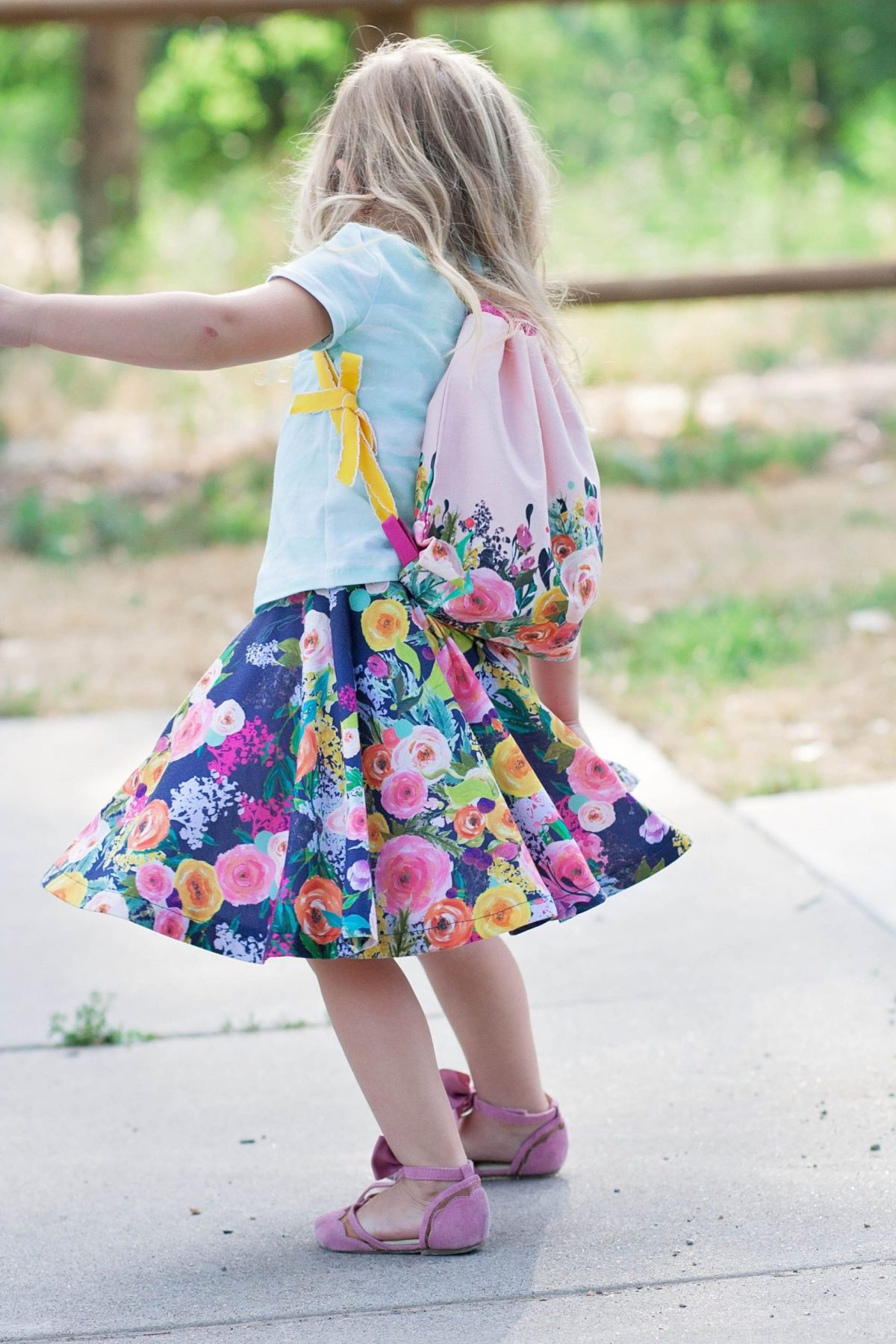 Kids' flower backpack DIY Backpacks Ideas For Your Kids' Back-To-School Season