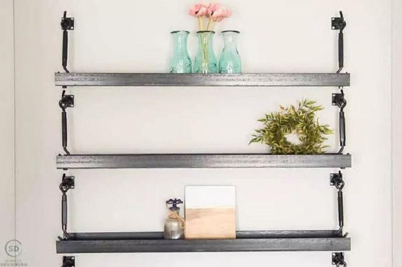 Metal hanging shelves