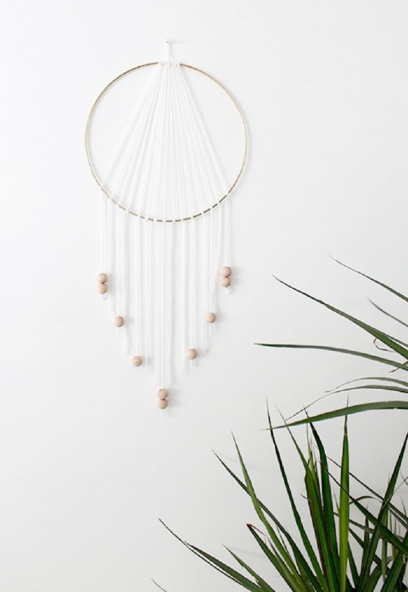 Modern dreamcatcher DIY Beautiful In White Decoration Ideas Where All Will Look Pure