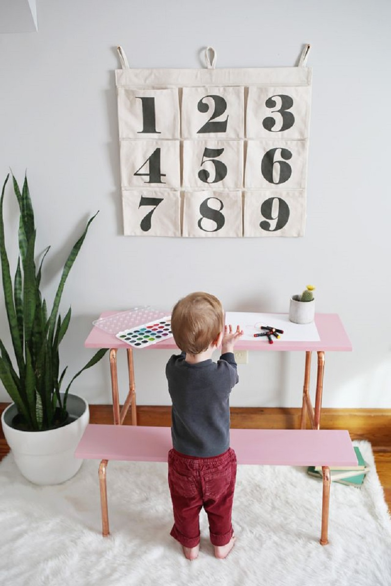 Diy child's desk DIY Entertaining Ideas To Decorate Your Kids' Room For Special Feeling