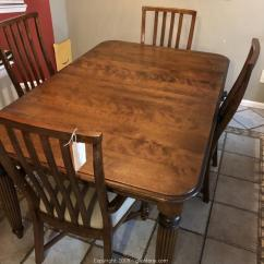 Maple Kitchen Table Hanging Cabinets Gleaton S The Marketplace Auction Cute Cottage Down Size In Thomasville Solid And 4 Chairs