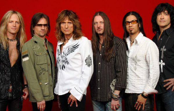 Whitesnake em 2008: Doug Aldrich, Chris Frazier, David Coverdale, Reb Beach, Uriah Duffy e Timothy Drury