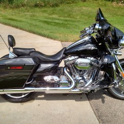 Harley Turns Petrol Into Noise Plug In Wiring Diagram 2012 Davidson Flhxse3 Cvo Street Glide Black