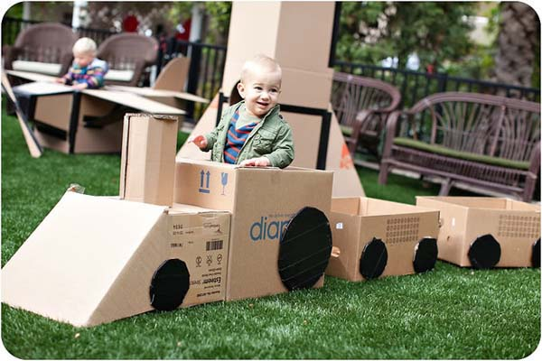 Here Are 31 Easy Ways A Cardboard Box Can Keep Your Kids