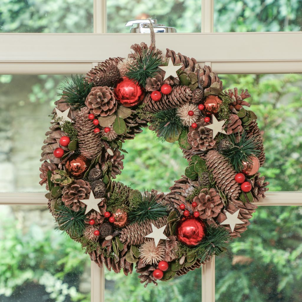 Traditional Festive Baubles And Stars Christmas Wreath