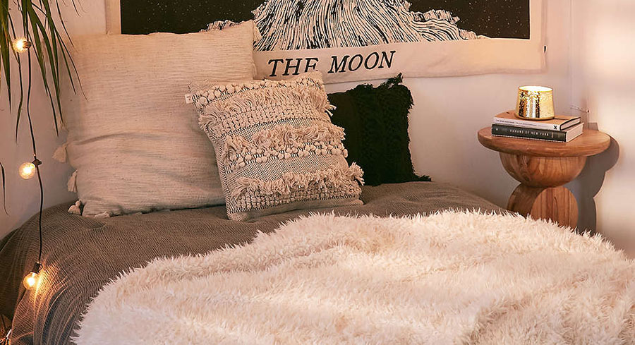 List of Cutest Bedroom Decor Items From Urban Outfitters