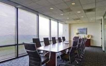 shared office space atlanta - 100 workspaces   Desks Near Me