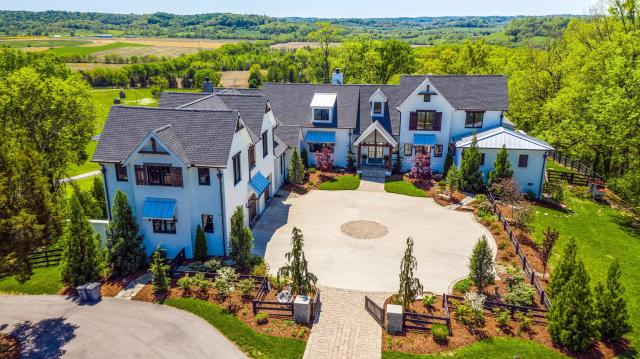 $3,990,000 - 4Br/8Ba -  for Sale in -, Franklin