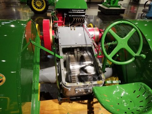 small resolution of ultimately more than 160 000 model d tractors were built over a thirty year period but it may have all started with an experimental tractor dug out of a