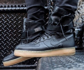 nike-special-field-air-force-1-on-feet-photos-8