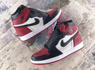 air-jordan-1-bred-toe-555088-610-01