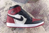 air-jordan-1-bred-toe-555088-610-03