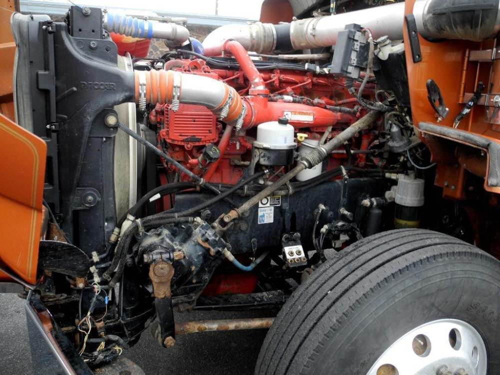 medium resolution of 2013 kenworth t800 tandem axle cab chassis truck cummins isx 600hp 18