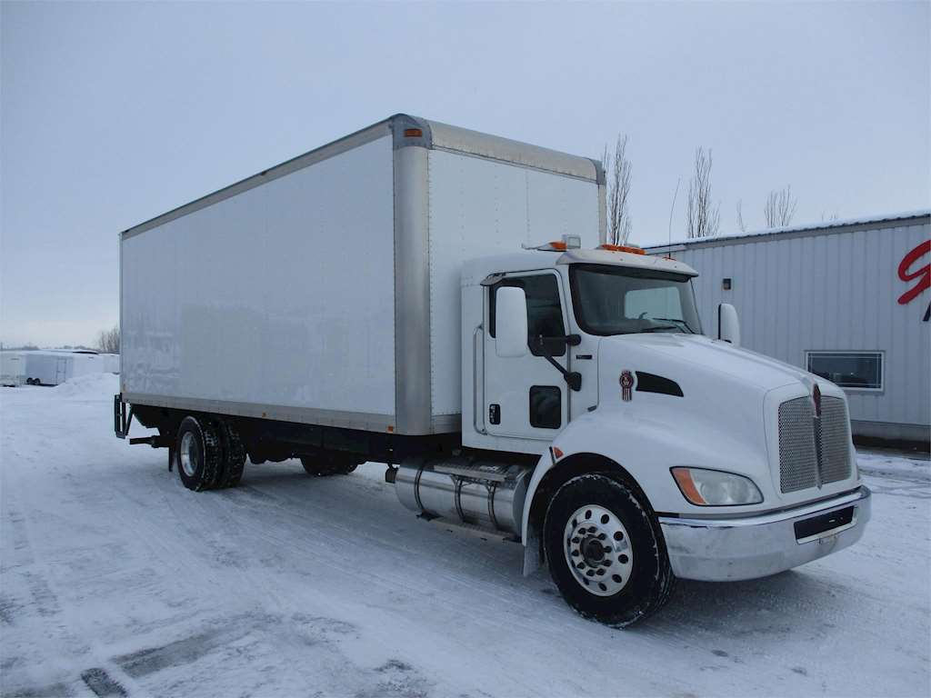 hight resolution of 2010 kenworth t370 box truck dry van for sale 243 000 miles rigby id 8981676