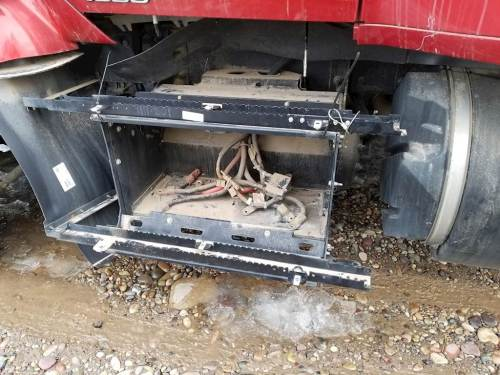 small resolution of kenworth t680 fuse box free 351c oil pressure wire diagram 2015 kenworth t680 fuse box location 2004 toyota corolla fuse box battery boxes kenworth t680