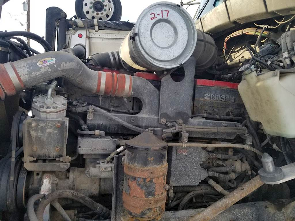 hight resolution of cummins n14 engine for a 2001 kenworth t800 for sale ucon id 10318 11 mylittlesalesman com