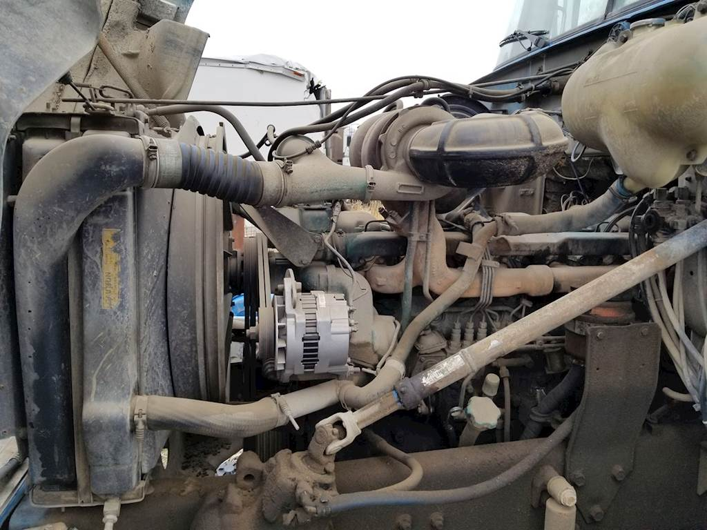 hight resolution of volvo ve12 engine for a 1991 white wg
