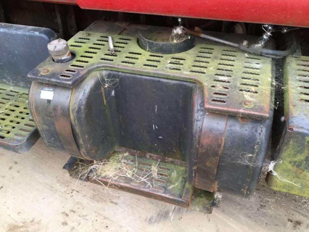 medium resolution of 1998 chevrolet c6500 right fuel tank