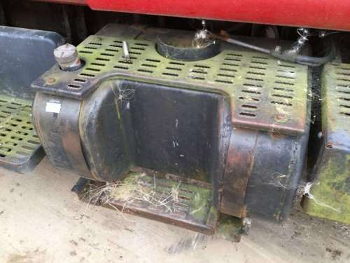 small resolution of 1998 chevrolet c6500 right fuel tank