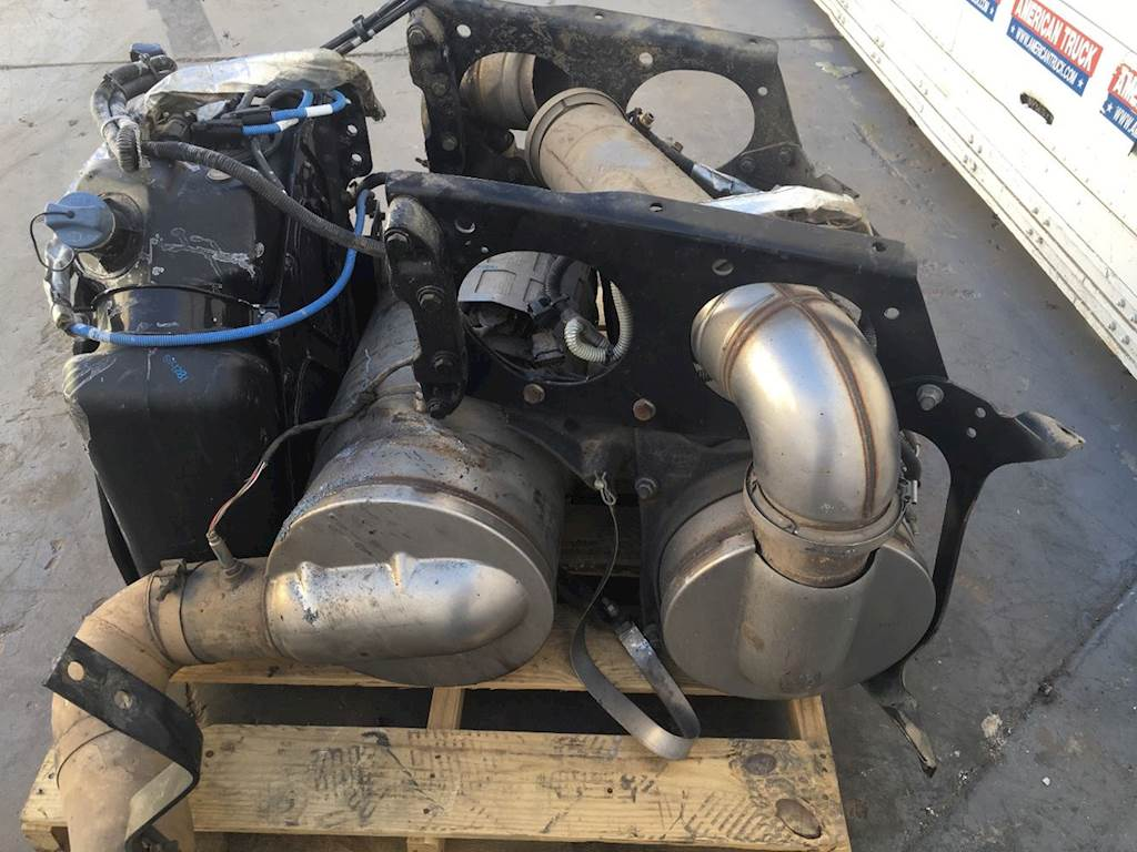 hight resolution of used dpf filter def tank sold separately for 2016 freightliner cascadia 125 for sale phoenix az sv 1281 5 mylittlesalesman com