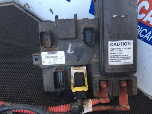 small resolution of wrg 3209 cascadia fuse box 1990 freightliner fuse box